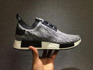 2019 Ucuz Toptan 2017 Yeni adidas R1 Koşucu Primeknit Erkekler 'S Koşu Ayakkabıları Moda Erkekler ve Kadınlar için Koşu Sneakers Ücretsiz Kargo Siyah