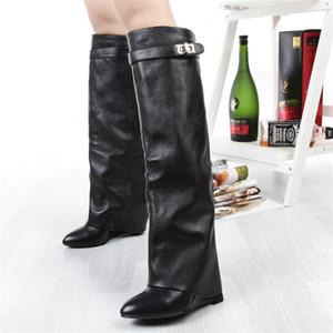 Nuovi eleganti stivali alti al ginocchio invernali Donna con zeppa, chiusura con tacco di squalo, stivali da donna