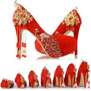 Kırmızı Püskül Düğün Ayakkabıları Çin Tarzı El Yapımı Yüksek Topuklu Gelin Ayakkabıları Saten Cheongsam Elbise Ayakkabı Kadın Parti Püskül Pompaları
