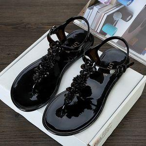 Estilo caliente 2017 nuevo con incrustaciones de diamantes abalorios de verano zapatillas frescas Ms sandalias de cuña Mujer zapatos de playa de arena para zapatos de mujer