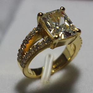 3.85 ct Forma cuadrada de lujo Anillo de bodas de diamante sintético 925 ajustes de plata esterlina 24K oro plateado joyería para la novia
