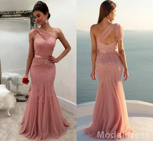 New Design Dusty Rose Formal Dresses Evening Wear 2020 One Shoulder Beaded Mermaid Long Arabic Prom Party Special Occasion Gowns Cheap