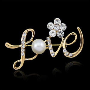 LOVE Shape Pins Wedding Brooch Rose Gold Pearl Rhinestone Crystal Flower Bridesmaid Brooch Pin Statement Jewelry Christmas Gift