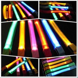 Partito LED Brillante Braccialetto Flash Lights Braccialetto Polso Anello Nocturnal Warnings Anello Running Gear Braccialetto incandescente