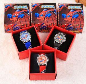 Spedizione gratuita 100 pezzi cartoon spiderman bambini ragazze ragazzi studenti studenti orologio da polso al quarzo congelato molto popolare hanno confezione regalo