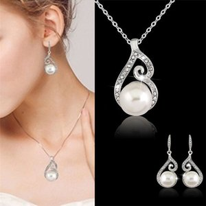 Women Beautiful Crystal Pearl Necklace Earring Wedding Bridal Jewelry Set Gift for woman girlfriend ,mon gift