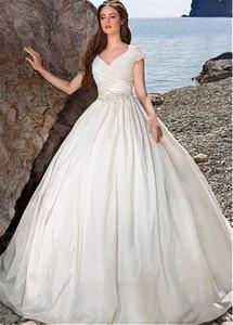 Taffetà con scollo a V Scollo abito di sfera Abiti da sposa con telaio in rilievo Lace Appliques Beach Abiti da sposa vestido de novia