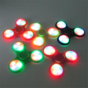 LED luminosa Fidget Spinner Interruptor Em Pó Mão Fingertip Spinner Gyro Estilo EDC Descompressão Stress Ansiedade Brinquedo Com Pacote de varejo