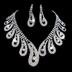 Moda Rhinestones Gelin Takı Setleri Gümüş Kristaller Düğün Kolye Ve Küpe Gelin Balo Akşam Parti Aksesuarları Için