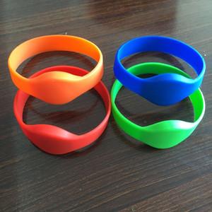 eco friendly 125 khz EM4100 azul vermelho verde pulseira de identificação de silicone à prova d 'água, rfid pulseira, rfid pulseira (pacote de 4)