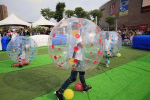 Frete Grátis 1.5 m PVC Inflável Bumper Futebol Corpo Zorbing Bolha Bola de Futebol Bouncer Humano Air Football Bubble Ball