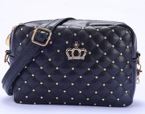 Yogodlns Femmes Sac De Mode Femmes Messenger Sacs Rivet Chaîne Épaule Sac De Haute Qualité En Cuir PU Bandoulière Quiled Crown sacs