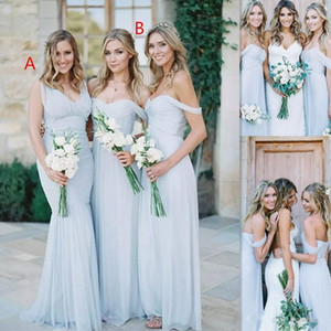 2021 Günstige Einfach Beach Country Sky Blue Chiffon mit Rüschen besetzten Brautjungfer Kleider weg von der Schulter Backless Hochzeitsgast Kleider für Mädchen