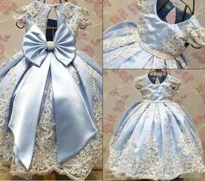 2018 nouvelle arrivée bleu clair fille fleur robes pour le mariage belle robes de première communion avec dentelle broderie grand arc ruban reconstitution historique porter