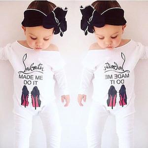 Säuglings-Kleidung-Baby-Frühlings-Herbst-lange Hülsen-Spielanzug-Kind-Baumwolloverall Neugeborenes Baby-Buchstabe-breiter Kragen-einteiliger Spielanzug scherzt Kleidung