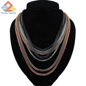 La collana di dichiarazione di modo intrecciata catena del metallo dell'argento delle signore multicolore libera il trasporto