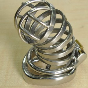 Projeto de galo Pequeno Chastity Cage Comprimento Super Aço para 55mm Masculino com dispositivo Long Cock Cage Anti-off Spike Anel New MenJouets XGNE