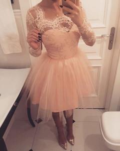 Manches longues blush rose courtes Robes de 2019 Beateau dentelle Une ligne Appliques Longueur du genou Prom Party Robes pas cher Custom Made