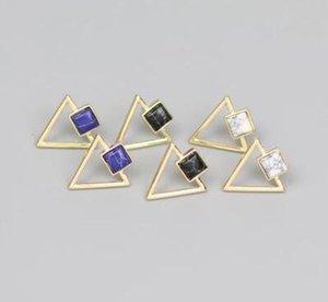 Hafif sıcak satış moda altın kaplama taş hollow tiny üçgen desen kadınlar için turkuaz beyaz siyah mavi geometrik saplama küpe
