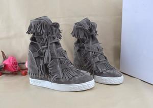 Freies Verschiffen Heißer Verkauf Fringe Wildleder Keil Stiefel Höhe Zunehmende Lace up Ankle Booties Quasten Stiefel Frauen Hohe Qualität