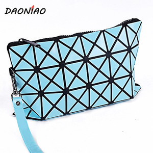 All'ingrosso- DAONIAO Ladies Easy to Carry Estetista Custodie Moda PVC Diamond reticolato Make up Bag 24 * 16cm Regalo festa della mamma # a0070
