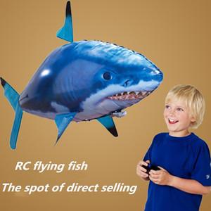 24pcs / lot Atacado IR RC Air nadador tubarão Clownfish Voar Assembléia Peixe palhaço Peixe Controle Remoto balão inflável engraçado brinquedos para as crianças