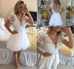 White Lace Homecoming Grade Graduation Dresses A Line Short knee-length beadeed Sleeves V Neck Lace Sheer Back Cocktail Prom party Dresses
