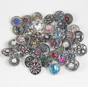 Presente de Natal do cristal de rocha Snaps Botão de jóias charme Mix Estilos Jóias 18 milímetros Rhinestone do metal botão Snap charme Fit pulseiras NOOSA Chunk