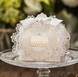 Bowknot Kağıt Candy ile Çevre Dostu Düğün Kutuları Fildişi Dantel Hediye Paketi Düğün Malzemeleri yaklaşık 75 * 108 * 38mm Yana