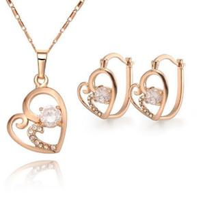 18k позолоченный ожерелье серьги набор сердца Алмазный кулон ювелирные изделия Заявление Bridal Изысканная леди ювелирные изделия для украшения рождественских подарков