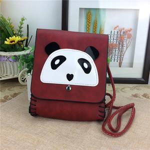 Manual de simulación de cuero PU panda bolso oblicuo hebilla, hombres y mujeres mochila, Sichuan Chengdu recuerdos de turismo, Jinli Street caliente
