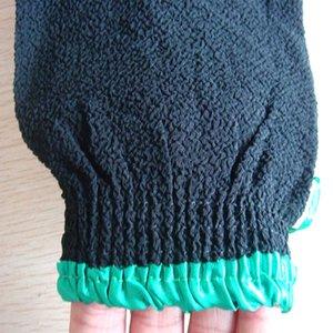 Оптово-2015 горячая распродажа 10 шт. / Лот черный хаммам скраб рукавица, волшебный пилинг перчатки, отшелушивающий перчатка для ванны Марокко скраб (жестче грубое чувство)