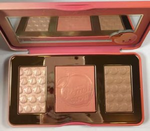 Factory Direct DHL Free Shipping New Makeup Face Sweet Peach Glow Highlighting Palette Highlighter & Bronzer Blush 3 Colors Blush Palette