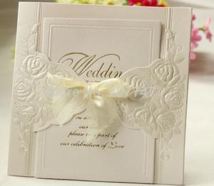 100 세트 아이보리 양각 로제의 도매 - 장미 꽃 Wedding Invitation With Organza 리본 파티 초대 웨딩 카드
