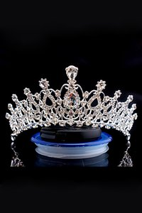Corona nuziale di lusso a buon mercato ma di alta qualità Sparkle perline cristalli Roayal corone di nozze di cristallo velo fascia accessori per capelli partito CPA790