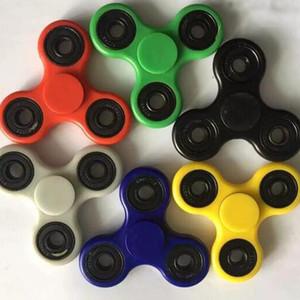 6 couleurs EDC Fidget Spinner jouet doigt spinner jouet Main tri spinner HandSpinner EDC Jouet Pour Décompression Anxiété Jouets avec boîte vendue