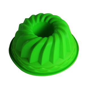 الجملة-24 سنتيمتر * 11 سنتيمتر بوندت Swirl حلقة كعكة السيليكون خبز صينية قالب معجنات Pan Bakeware Mould Silicone Mold Christmas Cake Decorating Tools