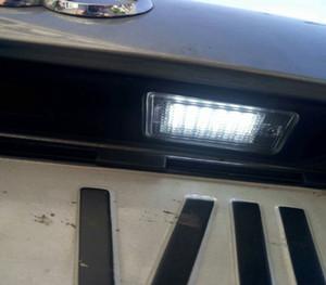 AUTO 2pcs / lot Erreur gratuit 18 LED voiture licence plaque d'immatriculation lampe de lumière 12V pour Audi A3 S3 A4 S4 B6 A6 S6 A8 S8 Q7