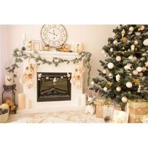 Interior Casa Árvore de Natal Pano de Fundo Fotografia Relógio de Parede Branco Lareira Caixas de Presente Elk Ano Novo Feriado Foto Estúdio de Fundo de Vinil