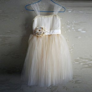 New Flower Girls' Dresses A Line Champagne Child Dresses for Little Girls 3D Flower Soft Tulle Girl Dress with Straps Sequined