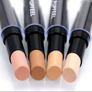 Single Head Concealer Visage Maquillage Maquillage Crème Naturel Correcteur Pen Highlight Contour Pen Stick Outil Professionnel