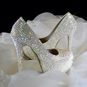2019 Bling Bunte Hochzeitsschuhe für Braut Strass Spitz High Stiletto Heels Silber Kristall Braut Party Brautjungfer Schuhe Billig