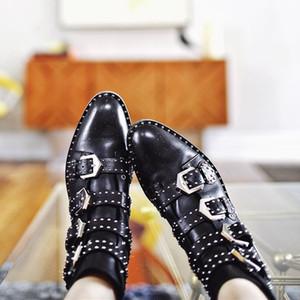 2017 새로운 패션 Studded 앵클 부츠 여성 리벳 버클 마틴 부츠 블랙 가죽 짧은 부츠 스트리트 스타일 레이디 플랫 신발