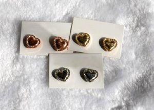 Ücretsiz Kargo Moda Gümüş / Altın / Gül altın kaplama Kalp Kilit Anahtarı Yapay elmas Harf Stili Logo Stud Marka Küpe