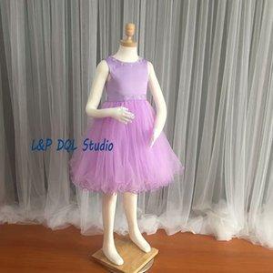 Ragazze viola chiaro Flower Dresses Pieghe Tulle con abito da ballo in raso Ragazze Pagenat Abiti economici Immagini reali