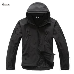 YENİ Yükseltildi Lurker Köpekbalığı Cilt Yumuşak Kabuklu V4 Açık Kıyafet Ceket Su geçirmez Softshell Ceketler Erkekler Ordusu Hoody Ceket
