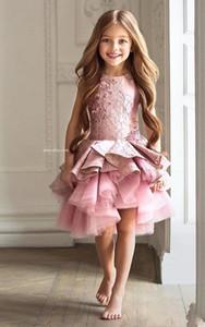 로즈 핑크 러블리 귀여운 꽃의 여자 드레스 보석 목의 민소매 레이스 Appliqued Girls 미식가 드레스 결혼식을위한 첫 성찬식 드레스