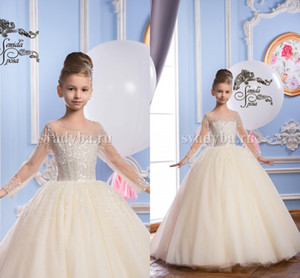 Luxurious 2017 Arabic Flower Girl Dresses Sheer Neck Beaded Sequins Child Wedding Dresses Vintage Little Girl Pageant Dresses FG01