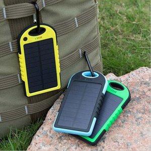 горячая продажа Солнечное зарядное устройство 5000Mah Dual-USB падение сопротивления портативный солнечной энергии Банк 5000mah Равель внешняя батарея для смартфона