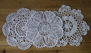 Toptan-Ücretsiz Kargo 3 Stil Crochet desenler Duvar kağıdı Porselen ped Vazo ped fincan mat,% 100 pamuk Doily, tabak altlığı 18PCS / LOT